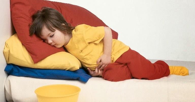 Боли в животе при температуре у ребенка
