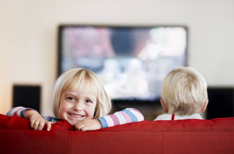 ЗОМБОЯЩИК - телевизор и дети