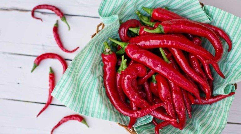 Как применять красный перец с пользой для волос