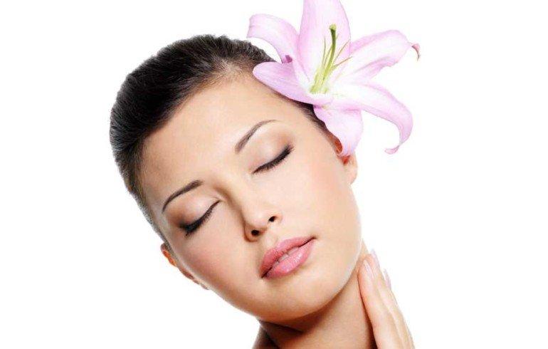 Миндальный пилинг против акне на коже лица