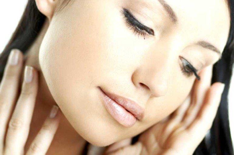 5 натуральных рецептов для подтягивающей маски в домашних условиях