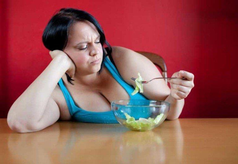 Как люди толстеют, сами того не замечая: 5 опасных ловушек мышления.