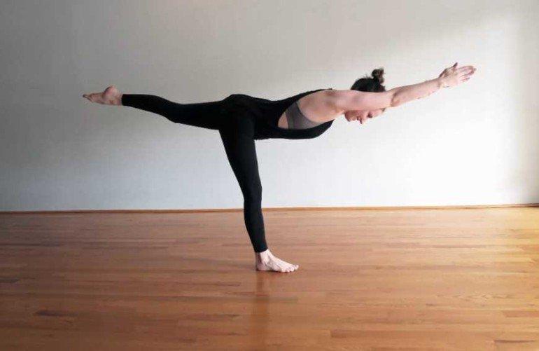 5 асан йоги, которые заменят сеанс антицеллюлитного массажа