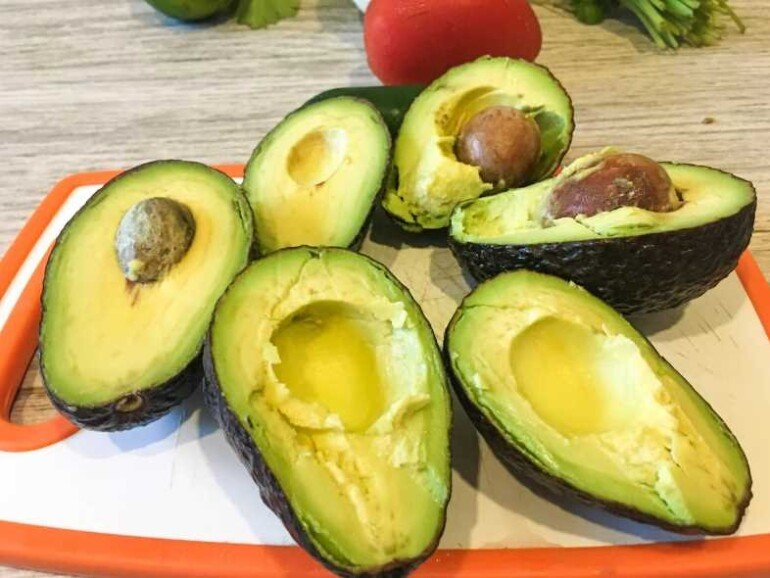 Питательный крем-лифтинг для лица из авокадо своими руками