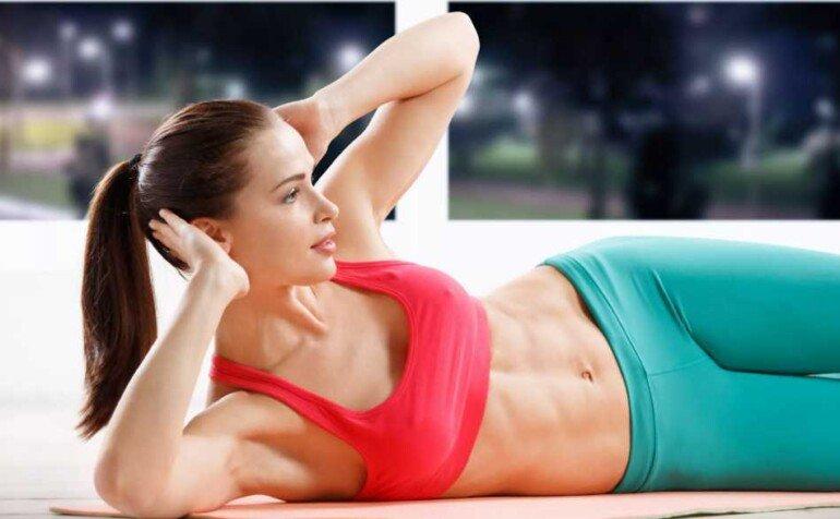 Как прокачать мышцы груди и заполучить красивые формы: лучшие упражнения от фитнес-тренера