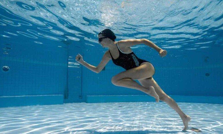 Как научиться плавать, чтобы похудеть и забыть о целлюлите