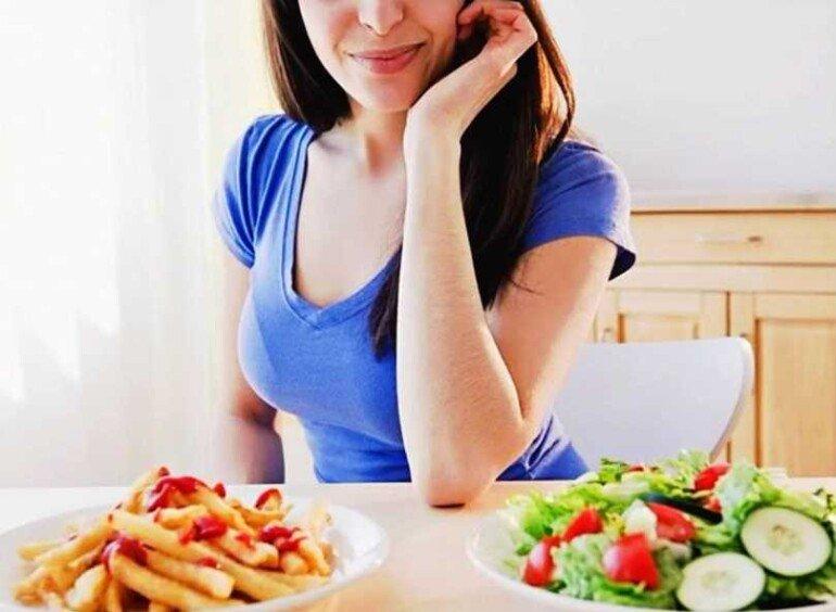 5 ошибок во время ужина, ведущих к перееданию и набору лишнего веса