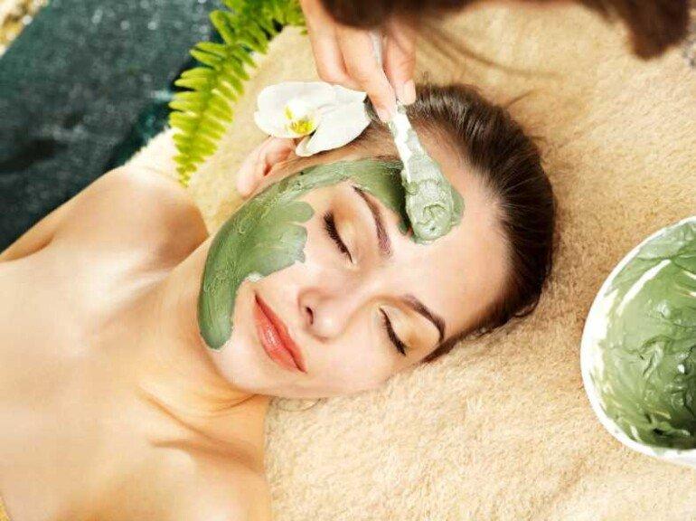 Как приготовить ночную маску для лица на зеленом чае и оливковом масле