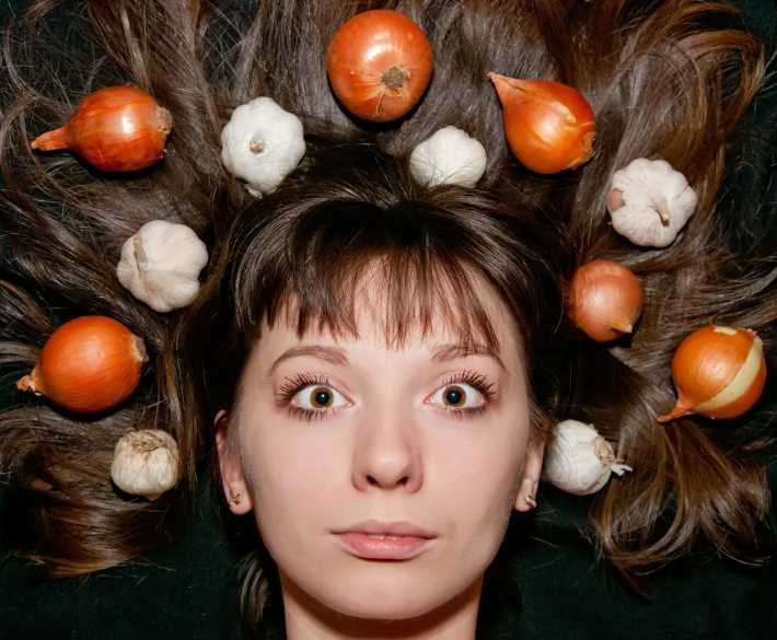 Как остановить волосопад с помощью подручных домашних средств