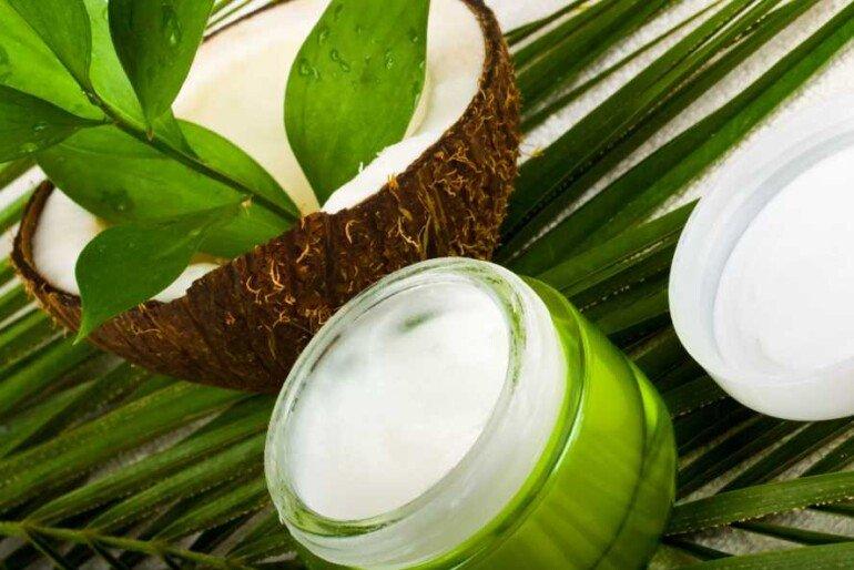 Как приготовить маску из кокосового масла для жирных волос с пересушенными кончиками