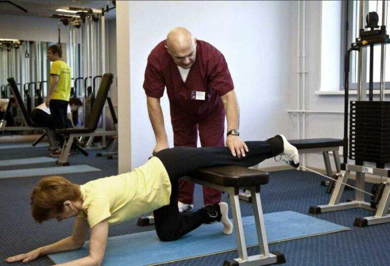 5 упражнений по методике Бубновского для тонкой талии и крепкой спины