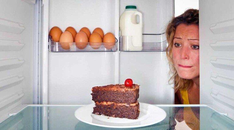Как прекратить срывы на похудении, не вешая замок на холодильник