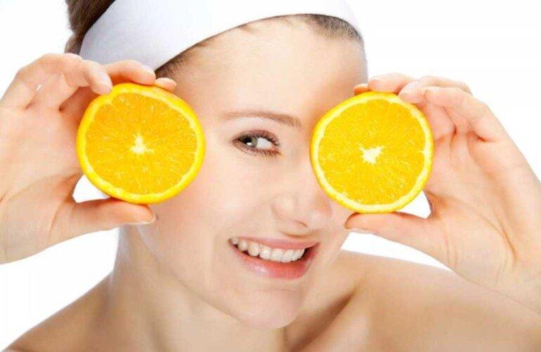 Маска от отеков из ароматных апельсинов: вкусно и полезно