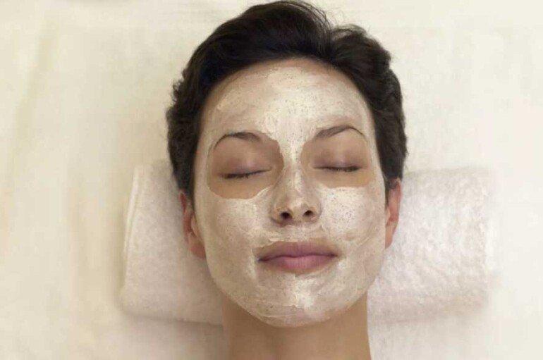 Как забыть об отеках под глазами с помощью маски из имбиря
