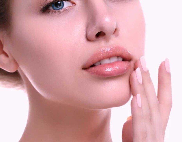 Увлажняющие и питательные маски для губ в домашних условиях