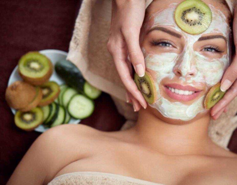 Ягодно-йогуртовая маска для красивого и ровного тона кожи лица