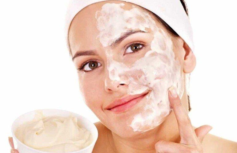 Возвращаем румянец: нежная маска на сливках для чувствительной кожи