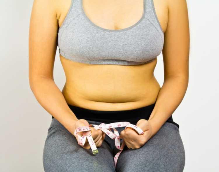Что делать, если жир на животе не уменьшается даже после диеты