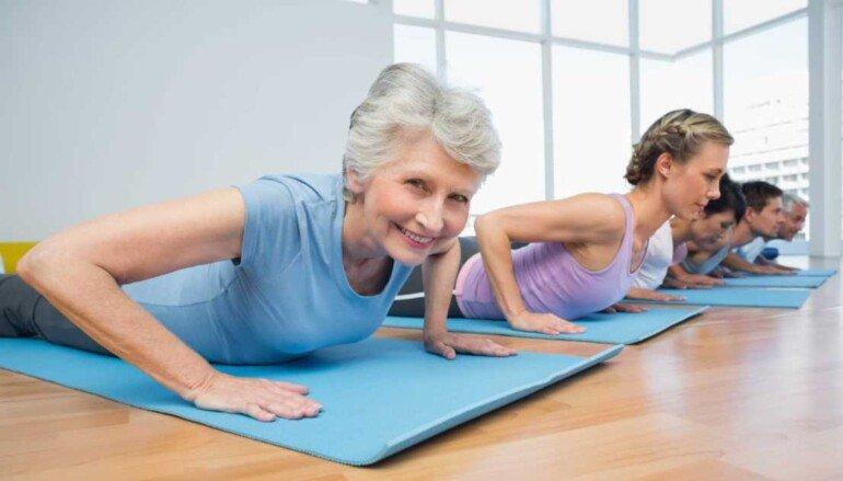 Самые лучшие фитнес упражнения для женщин после 40 лет