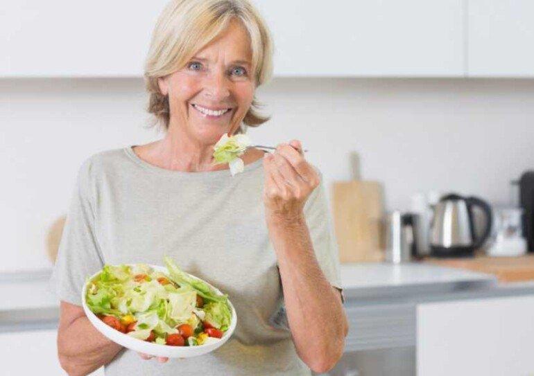5 вариантов перекуса для тех, кому уже за 40 лет