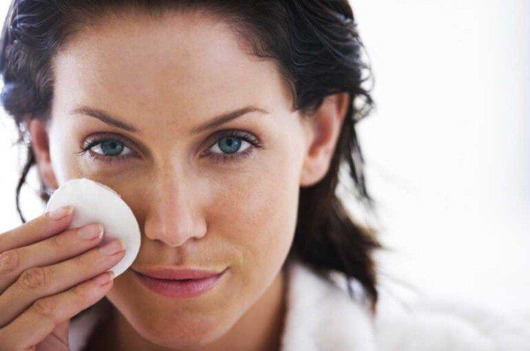 Какие домашние маски помогут сузить поры