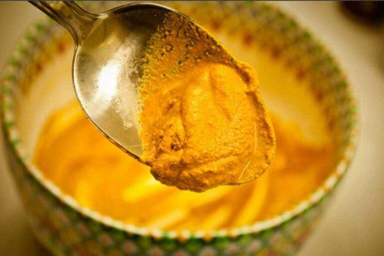 Овсяные хлопья, мёд и куркума для потрясающего омоложения кожи лица