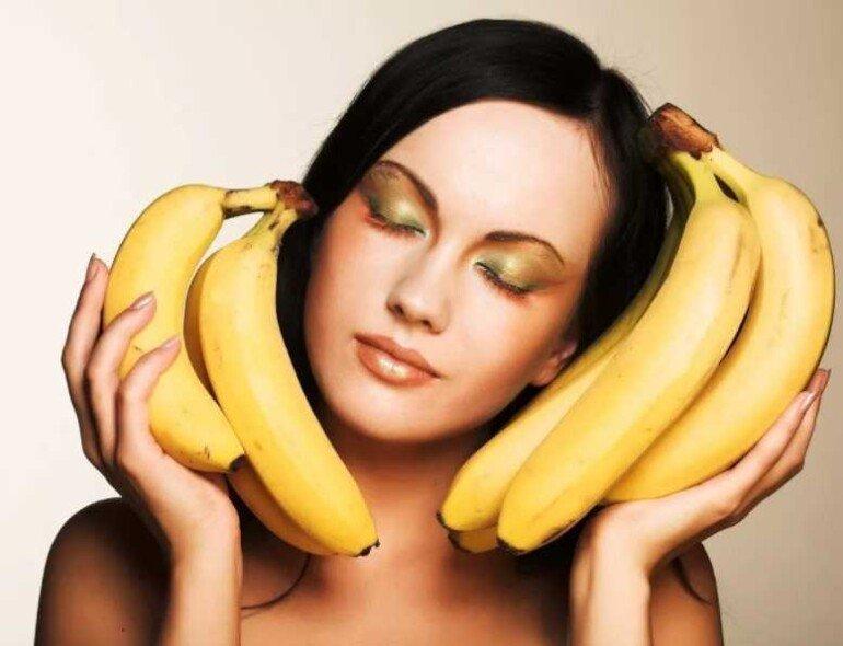 Устраняем шелушение и сухость на лице с помощью банановой маски
