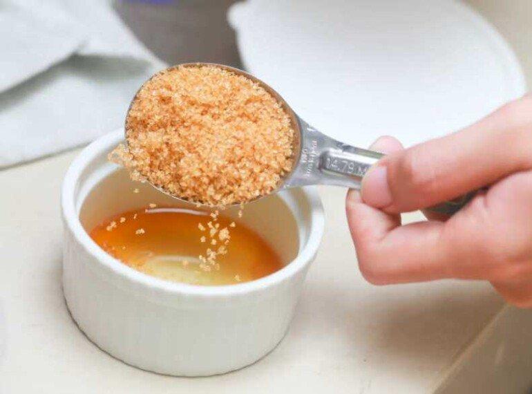 Медовый скраб для тщательного и бережного очищения кожи